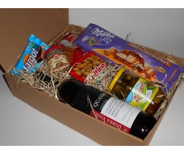 Balíček Sára – víno a delikatesy