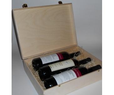 3 lahve vína z vinařství DOBRÁ VINICE v dřevěné kazetě – Ryzlink rýnský 2013, Kambrium 2014, Veltlínské zelené 2015