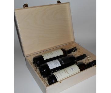 3 lahve vína z vinařství DOBRÁ VINICE v dřevěné kazetě – Ryzlink rýnský 2013, Sauvignon 2012, Quatre cuvée 2014