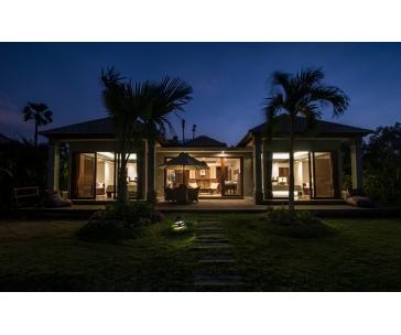 Privátní tropická vila (pro 4 osoby) na 10 nocí s polopenzí