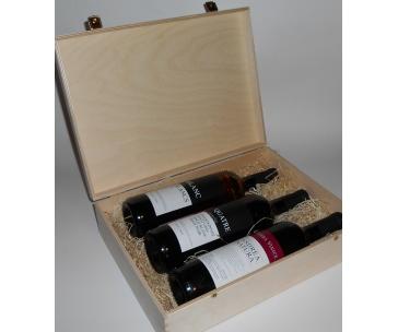 3 lahve vína z vinařství DOBRÁ VINICE v dřevěné kazetě – Blanc de Blancs 2015, Quatre cuvée 2014, Andrea natura 2013