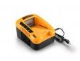 Riwall RAC 540 nabíječka 40 V (rychlá)