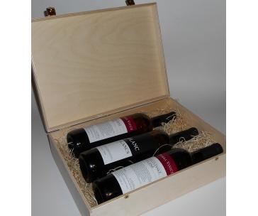 3 lahve vína z vinařství DOBRÁ VINICE v dřevěné kazetě – Blanc de Blancs 2015, Cuvée Národní park 2015, Veltlínské zelené 2015