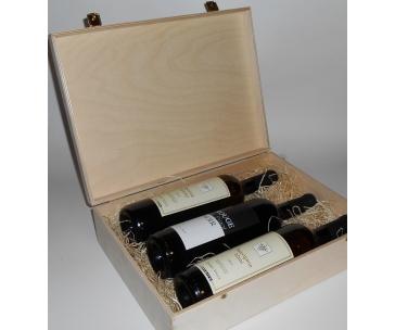 3 lahve vína z vinařství DOBRÁ VINICE v dřevěné kazetě – Ryzlink rýnský 2013, Sauvignon 2012, Rouge de Pinot Noir 2012